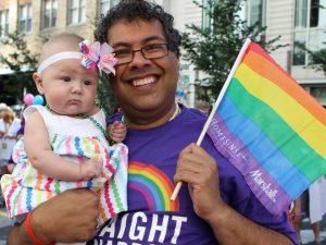 Mayor Naheed Nenshi at Calgary Pride 2015 / Le maire Naheed Nenshi à la Parade de la fierté de Calgary 2015